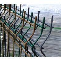 专业厂家生产护栏 围栏 护栏网 鑫隆直销