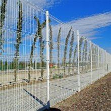 旺来刺铁丝隔离栅 电焊网隔离栅 武汉护栏网