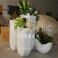 白色玻璃钢花盆 商场玻璃钢花盆厂家定做 方块创意花盆组合
