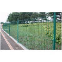 双边丝护栏网的几个特点