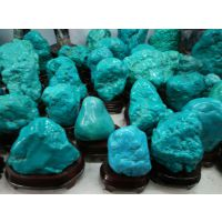 厂价直销加色绿松石摆件每公斤80元