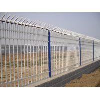 供应热镀锌方管围墙组装护栏网 锌钢铁艺栅栏 厂区隔离护栏