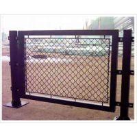 专业生产体育场围网护栏网厂家#出售优质勾花网护栏网的价格