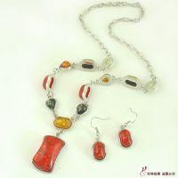 外贸原单 厂家现货 韩版时尚不规则琥珀宝石项链首饰装  S114