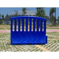 湖北塑料水马围栏 交通水马围栏 道路水马围栏价 移动式塑料护栏 体育场馆隔离墩
