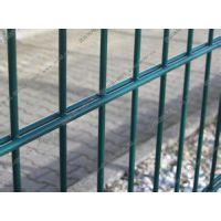 双夹丝护栏网宇琦护栏网厂专业生产双夹丝防护网