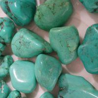 天然绿松石 碎石 东海天然水晶 消磁石  厂家直销 批发