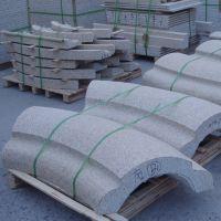 山东黄麻石材罗马柱-弧形造型柱-锥形柱等花岗岩生产基地
