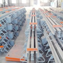 大型伸缩缝/双辽GQF-E40桥梁厂家地面伸缩缝