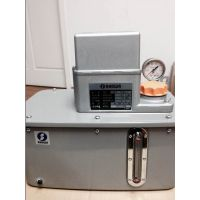 SHOWA LCB4-7448润滑泵,机床电动润滑泵,自动润滑泵,润滑油泵