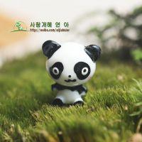 【厂家批发】树脂摆件 微景观生态瓶 苔藓公仔 熊猫