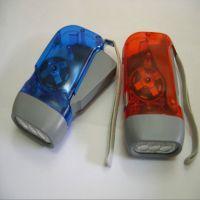 新奇特环保LED手压电筒 透明三灯手压自发手环保手电家居日用必备