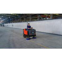 胶州工厂用路驰洁Q4驾驶式吸尘扫地机/1.4米清扫宽度扫地车