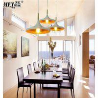 美红北欧创意个性餐吊灯铁艺现代简约餐厅灯工业吧台欧式灯具