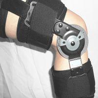 厂家供应可调膝关节固定支具膝关节损伤支架卡盘式膝关节康复器材