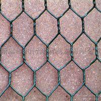新疆厂家供应养鸡养殖用钢丝网,镀锌、包塑六角养殖网