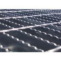锯齿钢格板、鑫若丝网厂(图)、锯齿钢格板特点