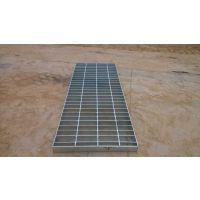厂家供应各种规格型号的热镀锌钢格板,电厂平台钢格板,大量供应