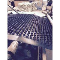 板材厚度为0.8~2.0㎜塑料立体复合排水板