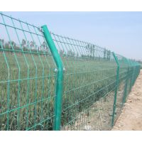 供应护栏网、钢筋网、隔离栅、电焊网、方眼网