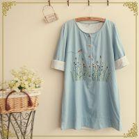 日系森林系 夏季新款女装 五扣门襟对称刺绣 袖口翻边连衣裙批发