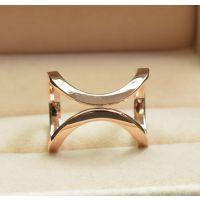 韩国时尚  大气玫瑰金戒指戒环  经典装饰品低价批发J11