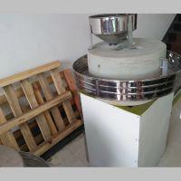 正宗商用石磨加工设备豆浆机 香油石磨机 农村创业设