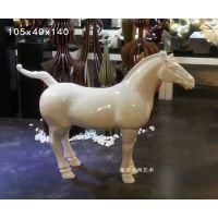 酒店工程雕塑工艺品简约现代抽象动物落地摆件玻璃钢艺术装饰品马