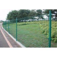 绿化带护栏、绿化带栅栏多少钱一米?腾拓双边丝护栏网