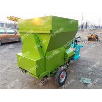改变养殖效率的撒料车 简单流动喂养撒料车 润众