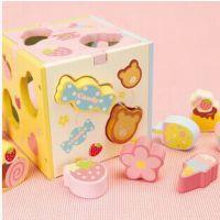 出口日本Mother Garden草莓形状盒智力盒多孔认知玩具益智早教新