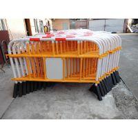华顺出口海外塑胶铁马、隔离栏、交通护栏、防护栏、道路交通设施 Plastic barrier