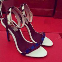 V家铆钉鞋 欧洲站2015夏罗马女鞋华伦真皮鱼嘴细跟高跟一字扣凉鞋