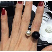 H028来自星星的你大小珍珠黑白色开口戒指