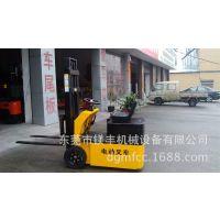 百瑞特XBT20小型三支点电动叉车,室内用环保型电瓶叉车