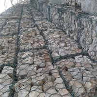 新疆丝网厂家供应多规格六角石笼网 抗洪网箱 可定制
