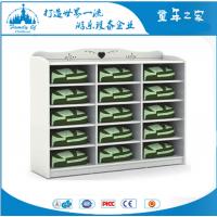 广州童年之家T-Y6015J幼儿园白色贵族15格木质书包柜