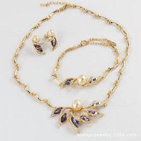 东莞盛意饰品韩版潮珍珠水晶花型首饰三件套速卖通亚马逊饰品货源
