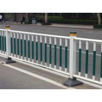 润达锌钢道路护栏厂,生产道路隔离带护栏