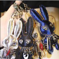 韩国东大门潮货潮牌大耳朵兔子字母毛球挂件钥匙扣女士情侣包扣