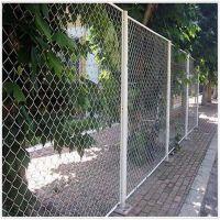 【瑞尚】镀锌勾花护栏网 球场围栏 波浪护栏网热销中