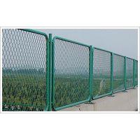 国家桥梁建设专用防眩网 噪音隔离钢板网 武汉博达围挡给出安装方案