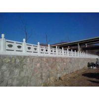 郑州天艺园林景观公司供应仿木护栏、仿木花箱、木箱、仿木桩、花桶木桶、水泥河道护栏、花瓶柱、葫芦柱、水