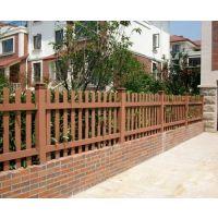 青城围栏|PVC护栏|定制围栏|防腐木栅栏|草坪护栏|