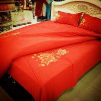 厂家直销纯棉老粗布大红金线刺绣四件套婚庆床品全棉床上用品