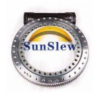 Open slew drive worm gear reducer for solar tracker