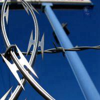 浙江矮墙刀片刺绳,灰色喷塑刀片刺绳,银色镀锌刀片刺绳规格齐全