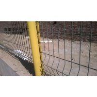 供应高速公路护栏网_车间隔离网_养殖圈护围栏网