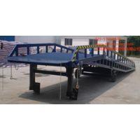 移动式液压登车桥叉车能直接驶入汽车车厢内部进行批量装卸作业瀚宗制造