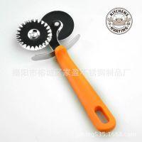 揭阳家盈厂直销 塑料柄不锈钢薄饼刀 披萨轮刀 介饼刀 蛋糕轮刀